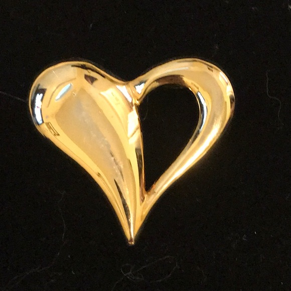 Gold Heart Lapel Pin / Brooches